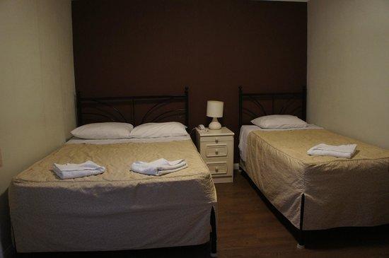 Central Hotel: ツインルーム