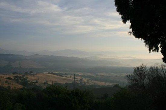 Agriturismo Fonte Martino: Panorama dalle camere 2