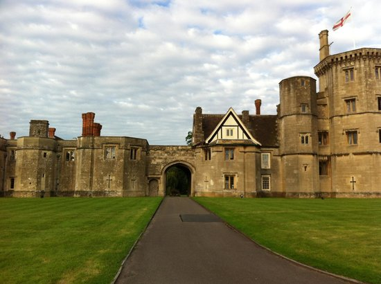 Thornbury Castle and Tudor Gardens: Thornbury Castle Hotel