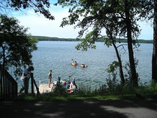 Kavanaugh's Resort: Beautiful Sylvan Lake
