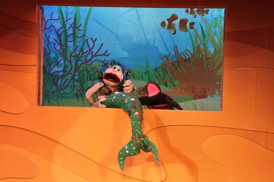 Discovery Place Kids-Rockingham: daily puppet show