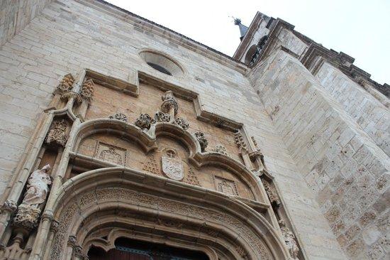 Catedral de Alcala de Henares: catedral de alcalá - exterior
