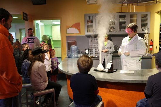 Discovery Place Kids-Rockingham: Bringing science to life in the Lab