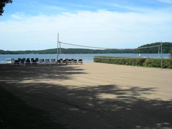 Kavanaugh's Resort: Beach Volleyball
