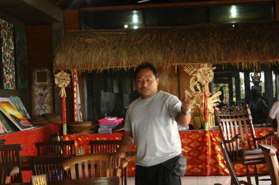 Bali Agung Village: Onze chauffeur een topper