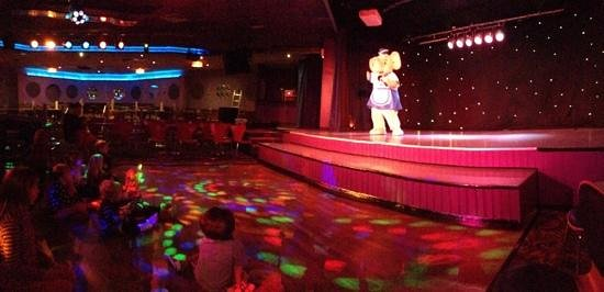 The Kids Just Love The Entertainment Picture Of Weymouth Bay Holiday Park Haven Weymouth