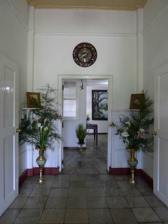 The Trevene Hotel: welcome with flowers from the garden