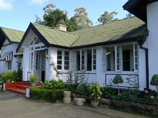 The Trevene Hotel: colonial style