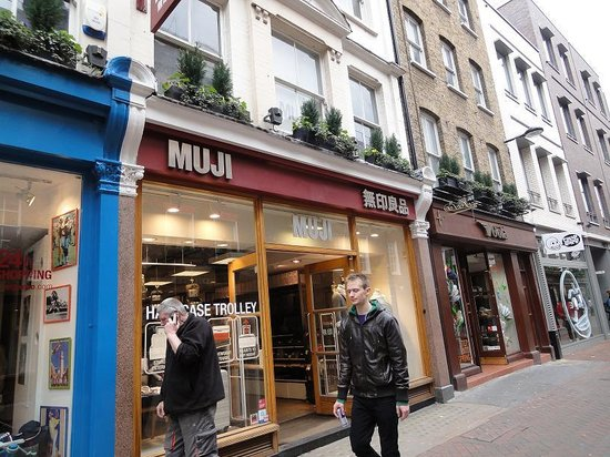 muji on carnaby street - picture of carnaby street, london