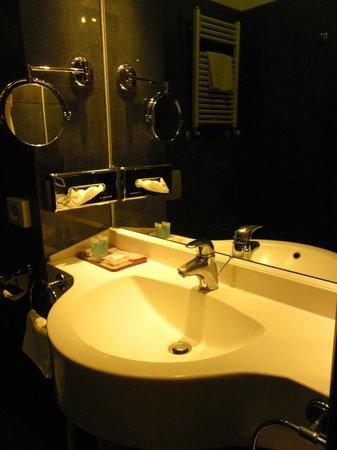 Exe Hotel Della Torre Argentina: bagno