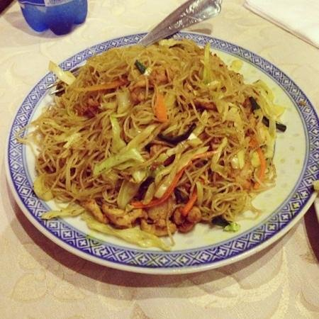 Fried vermicelli singapore style 120 rupies picture of first restaurant port louis tripadvisor - First restaurant port louis ...