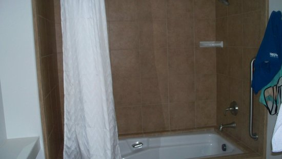 Los Abrigados Resort and Spa: Master bath shower