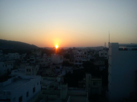 Hotel Udai Palace: cool sunset
