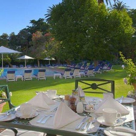 Belmond Mount Nelson Hotel: Pool Terrace