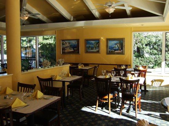 Aurora Ristorante Italiano : Interior of Aurora Restaurant