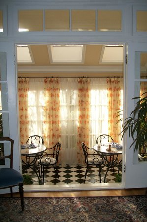 Villa Marco Polo  Inn: The Orangerie Sunroom