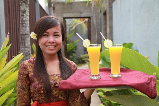 Grania Bali Villas: F&B Handling