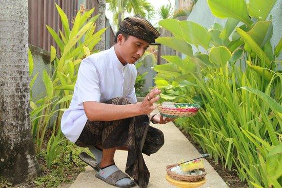 Grania Bali Villas: Daily Prayer