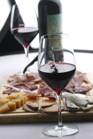 Champagneria Bottiglieria del Massimo : il nostro taglieri dop
