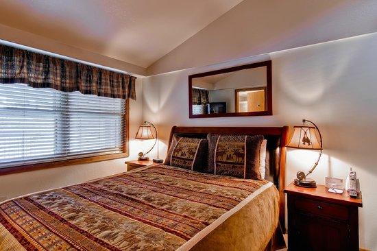 Torian Plum Condominiums: Torian Plum Bedroom