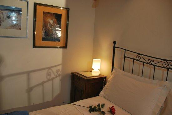 Bed and Breakfast Percorso Verde: Il letto della Casetta