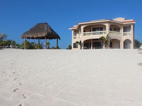 Casa Dena and beautiful beach