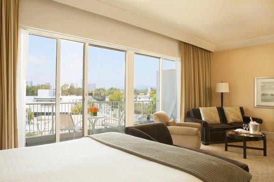 The Beverly Hilton: Wilshire Studio Suite