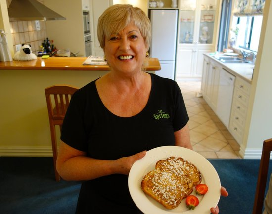 The Springs Luxury Bed and Breakfast: Innkeeper Colleen Ward's French Toast