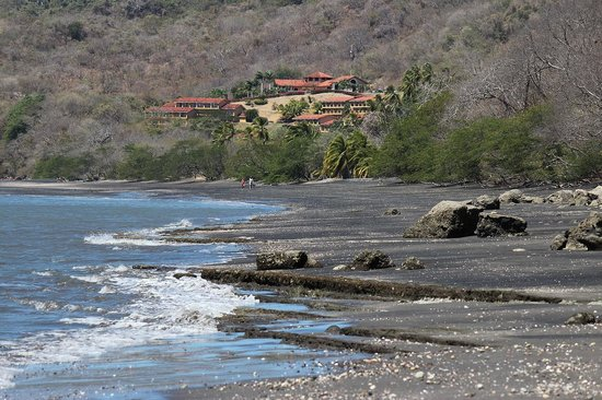 Allegro Papagayo: View of resort from down the beach