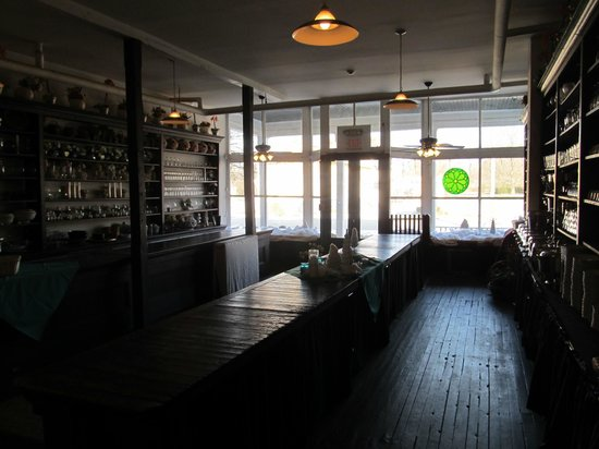 The Boxwood Inn : INside the old General Store