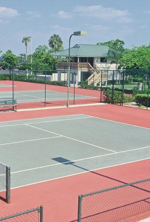 The Resort & Club at Little Harbor: Tennis Courts