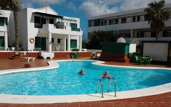 Luz y Mar Apartments: Lovely Pool