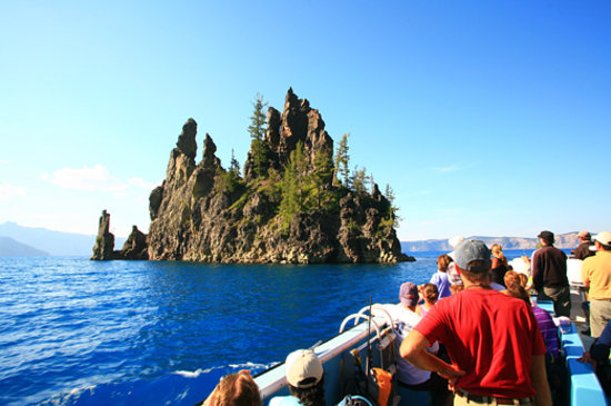 Boat Ride In The Caldera Of Crater Lake National Park Picture Of - 10 cool landmarks in crater lake national park