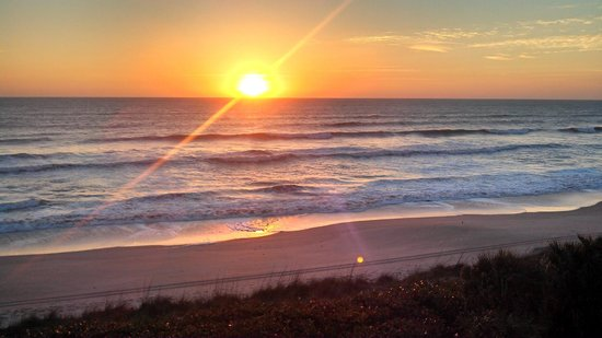 DoubleTree Suites by Hilton Melbourne Beach Oceanfront: Sunrise