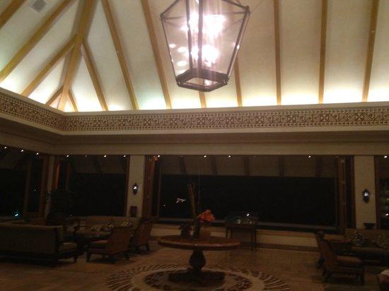Sheraton Maui Resort & Spa : Main lobby