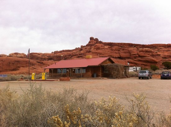 Canyonlands Needles Outpost : photo of the Outpost