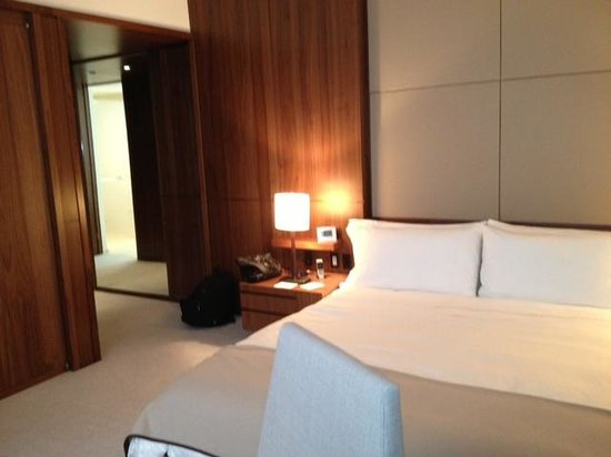 Langham Place, New York, Fifth Avenue: Standard King Room