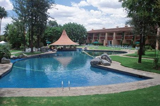 Hotel El Tapatio & Resort: View