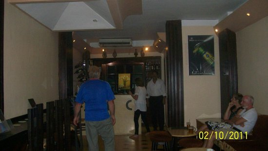 7 Days 7 Ways Restaurant & Royal Oak Pub : royal oak pub upstairs from resteraunt