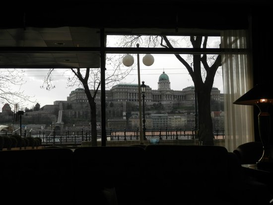 InterContinental Budapest: Sitting in the Lobby this is the view