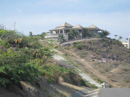 Ride St.Kitts : house