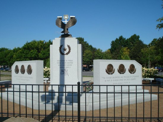 Sullivan's: Southie Monuments