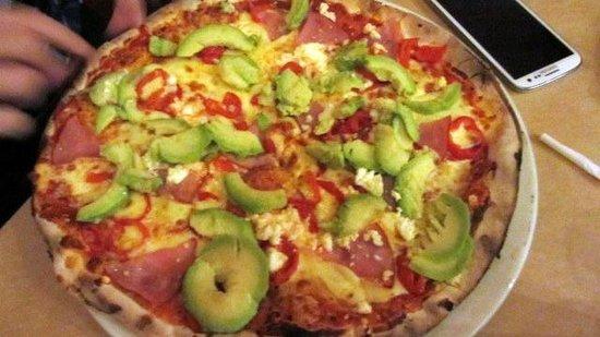 Col'Cacchio Pizzeria Foreshore: pizza with feta, ham, peppadews & avocado