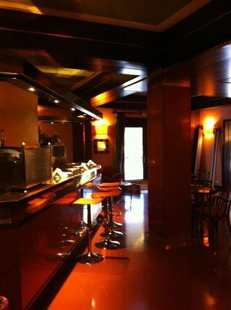 Le Boulevard Hotel: bar