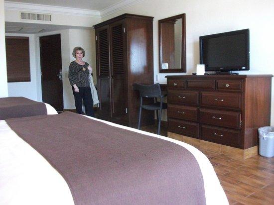 هوتل بلايا مازاتلان: room 112