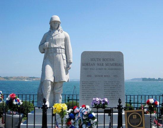 Sullivan's: Monument in South Boston