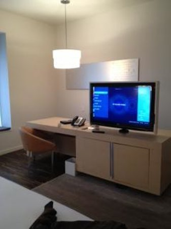 Andaz Wall Street: spacious rooms