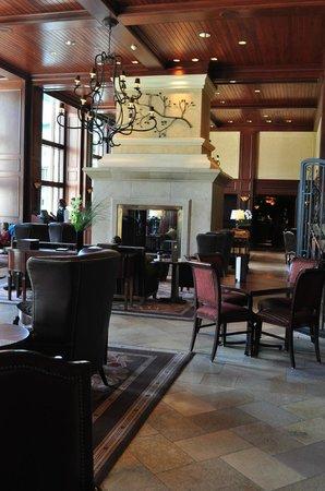 Rimrock Resort Hotel: Lobby area