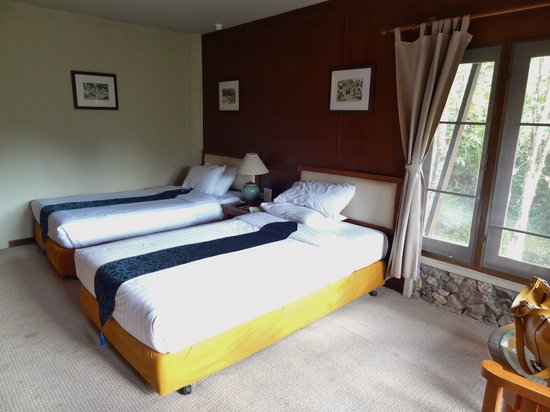 Angkhang Nature Resort: Twin beds