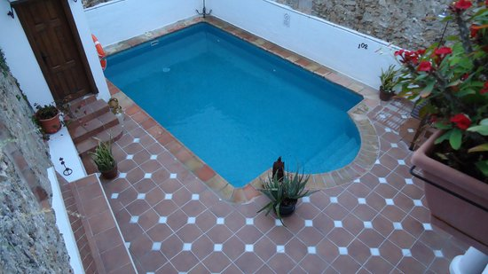 La Villa Marbella: Courtyard Pool